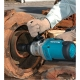 Llave de impacto Makita 1.200 W 1.000 Nm 1 pulgada TW1000 atornillando