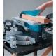 Ingletadora Makita LH1200FL con sierra de mesa serrando
